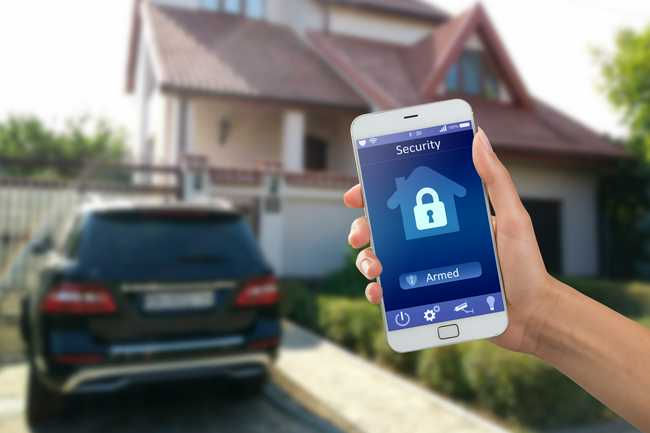 Read more about the article 7 Keyless Entry Options to Consider for Your Home